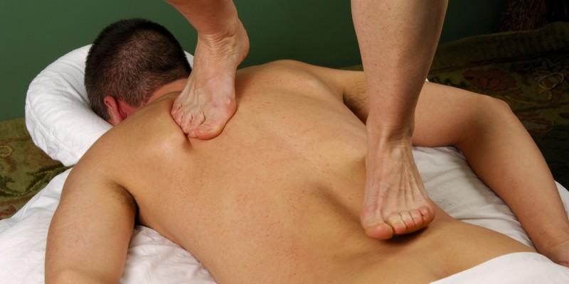 Thai-Massage im Stehen